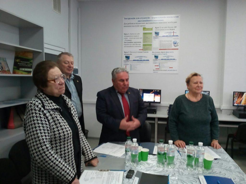 Екзаменаційна комісія розпочала роботу на факультеті