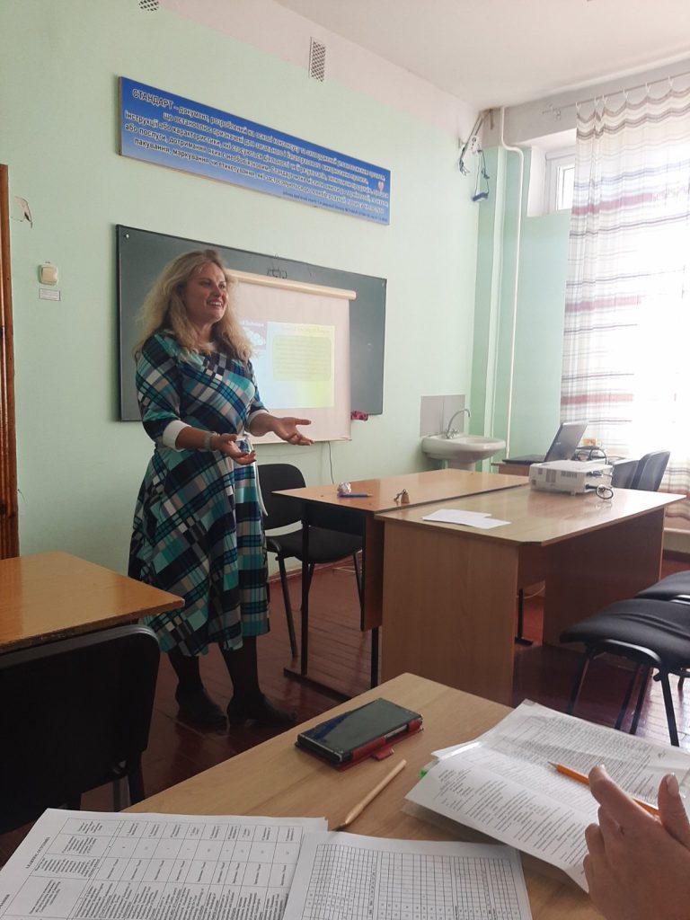 На факультеті харчових технологій відбувся обмін досвідом щодо діджиталізації навчального процесу.
